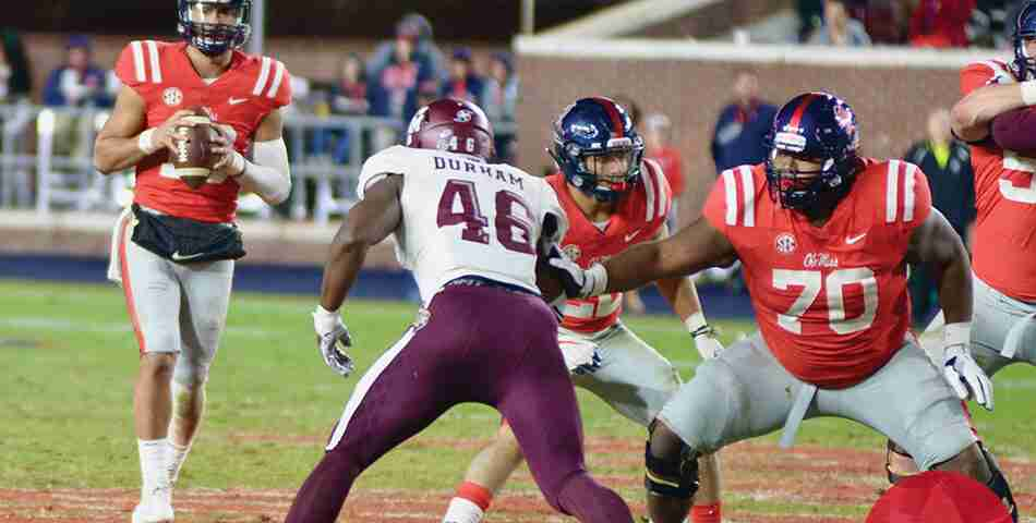 Mississippi State QB Nick Fitzgerald suffers gruesome leg injury vs. Ole Miss