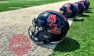 Wednesday Rebel Rewind: Bivens, Newman and Coach Luke talk after practice