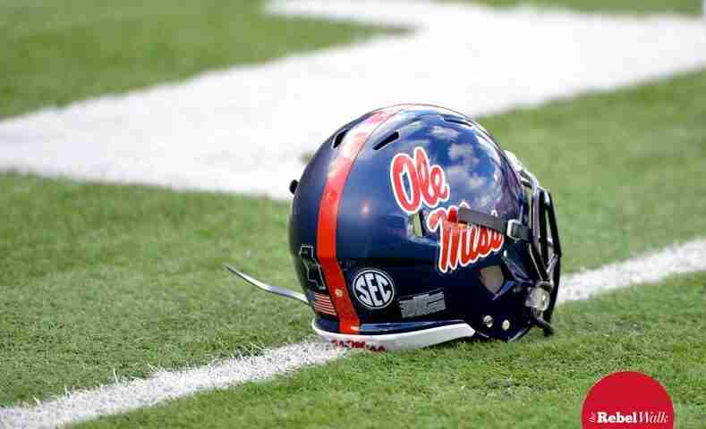 Ole Miss lands two commitments for its 2017 class