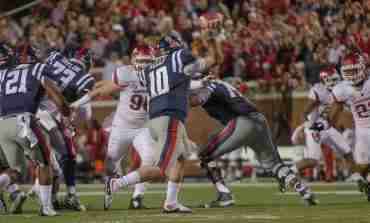 Rebels' QB Chad Kelly reflects on last year's Arkansas game