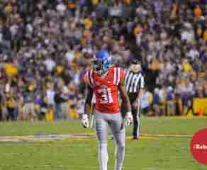 Jaylon Jones says defense working hard, looking to build on Arkansas performance