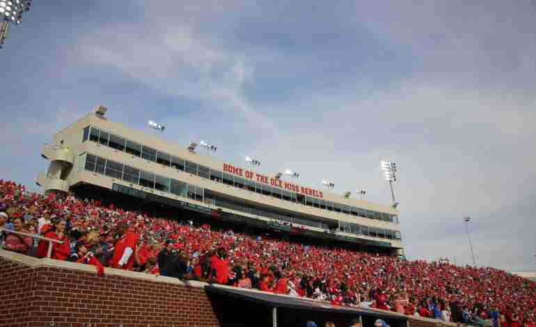 The Rebels are Back Home: Ole Miss vs. Southern Illinois Preview