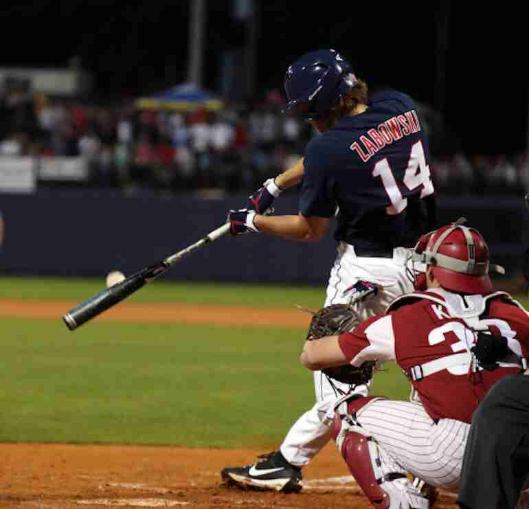 No. 4 Ole Miss drops series opener to No. 5 Arkansas, 6-4