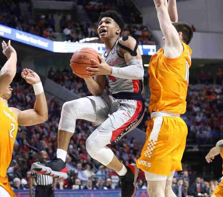 Ole Miss drops heartbreaker to No. 7 Tennessee