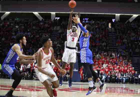 Ole Miss drops tough game to No. 6 Kentucky, 80-76