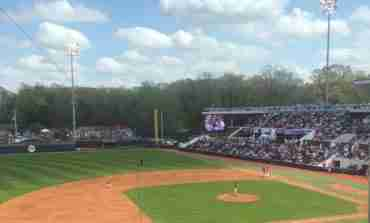 Baseball Weekend Wrap-Up: Rebels sweep series from No. 16 Florida