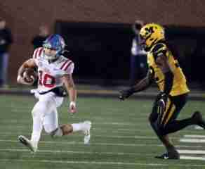 Football Suffers 38-27 Road Loss at Missouri