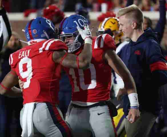 No. 1 LSU withstands Ole Miss ground attack, defeats Rebels, 58-37