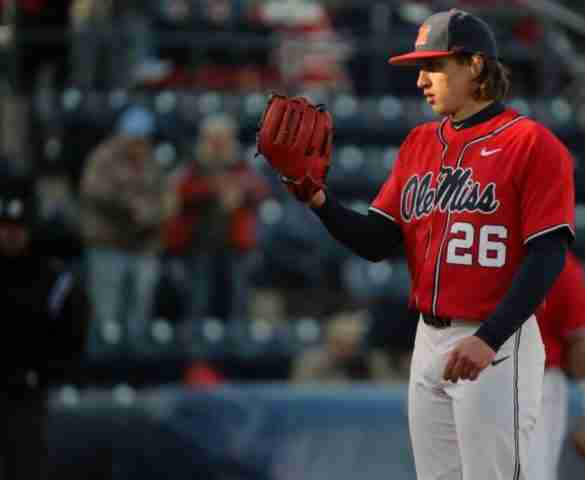 Doug Nikhazy earns SEC Pitcher of the Week honors