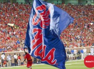 Ole Miss Football hands out 2017 Spring Awards